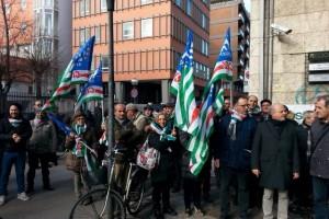 Pienamente riuscito il sit-in della FAI AbruzzoMolise  a Pescara