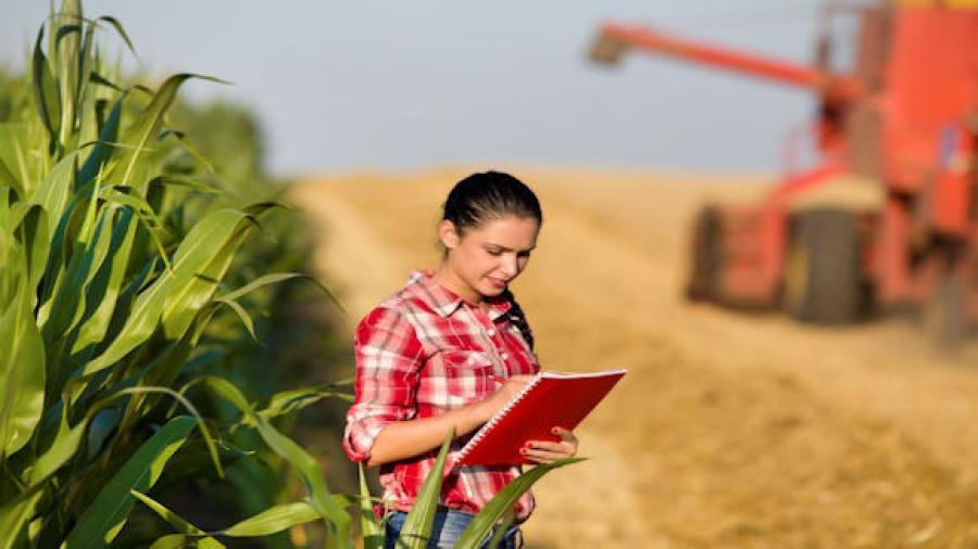 """""""Pacchetto Giovani"""" a favore di agricoltori abruzzesi under 40"""